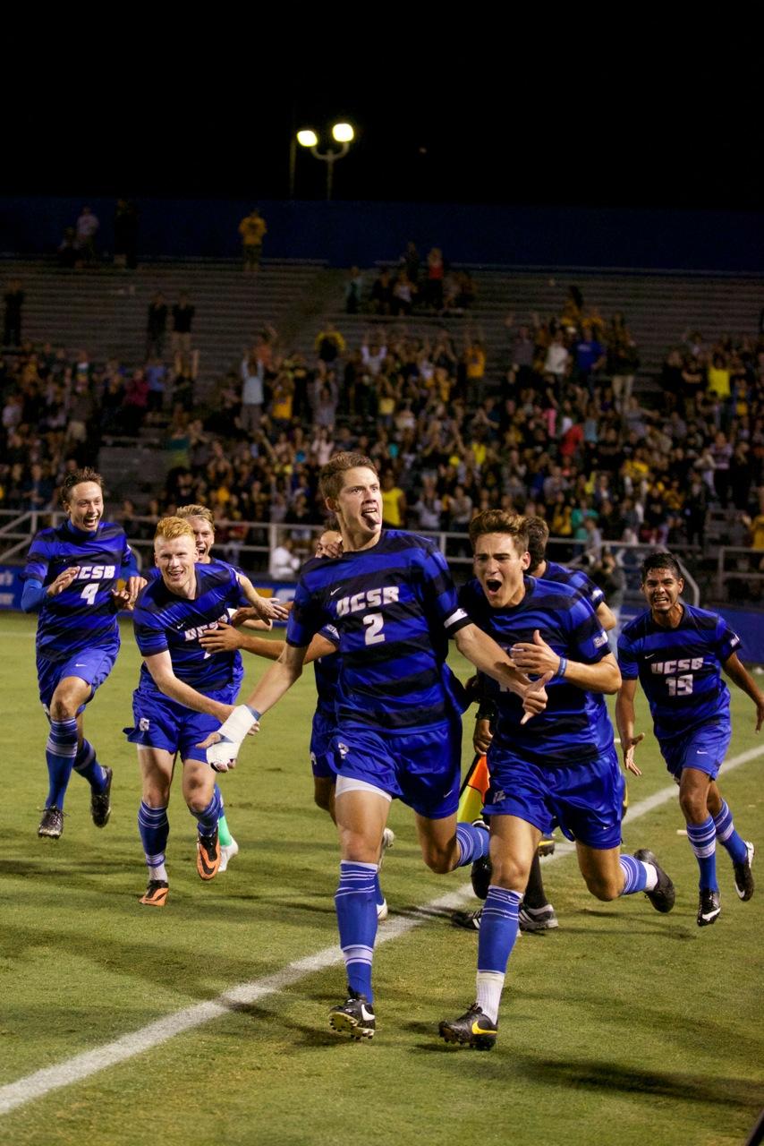 UCSB Mens Soccer 9.27.2013 Peter Vandenbelt 9