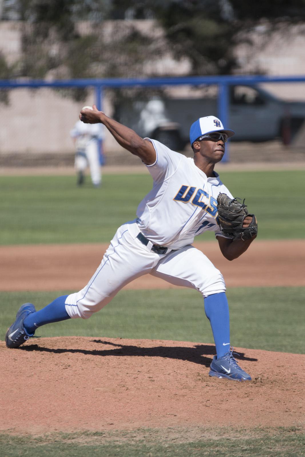 Dillon Tate hurls a pitch. Stephen Manga/Daily Nexus