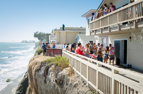 Balconies of houses on Del Playa were filled with party-goers. Vivian Bui/Daily Nexus