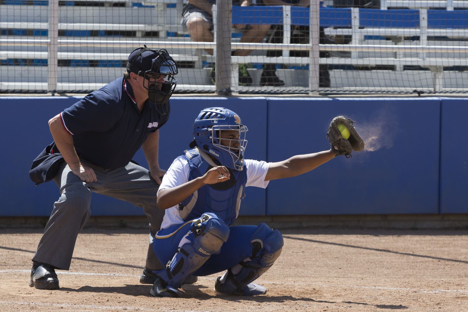 MeShalon Moore catches a strike thrown over the plate. Dustin Harris/Daily Nexus