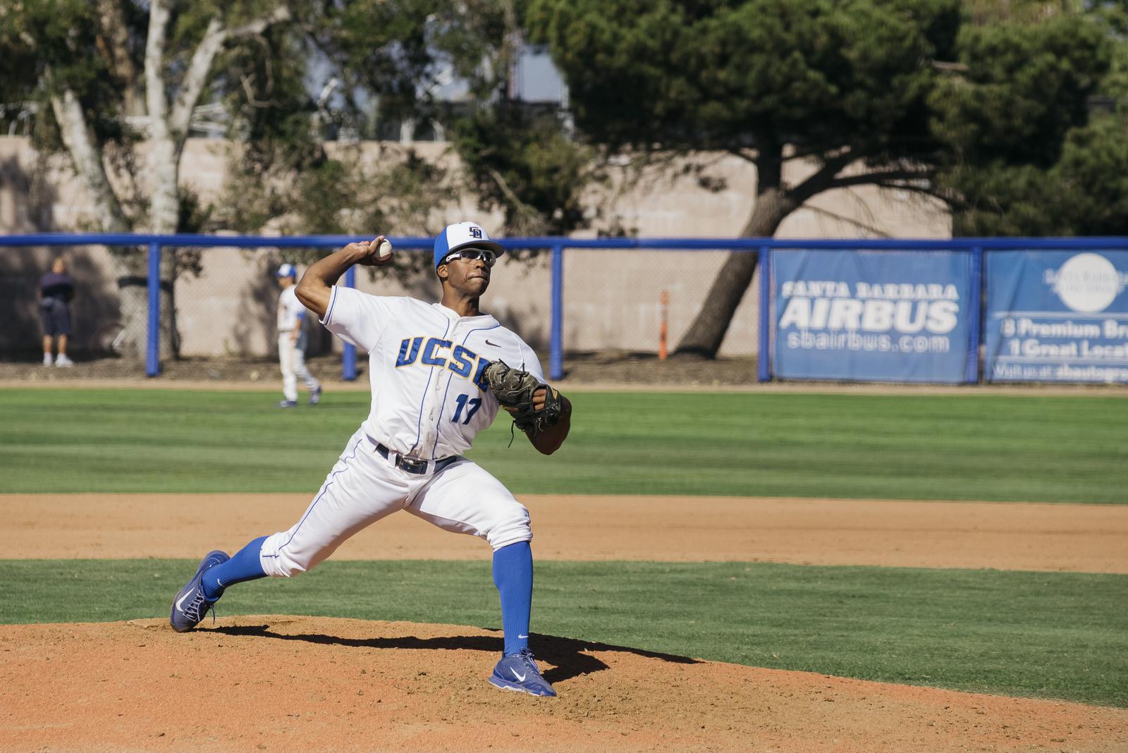 Dillon Tate throws a pitch. Hari Patel/Daily Nexus