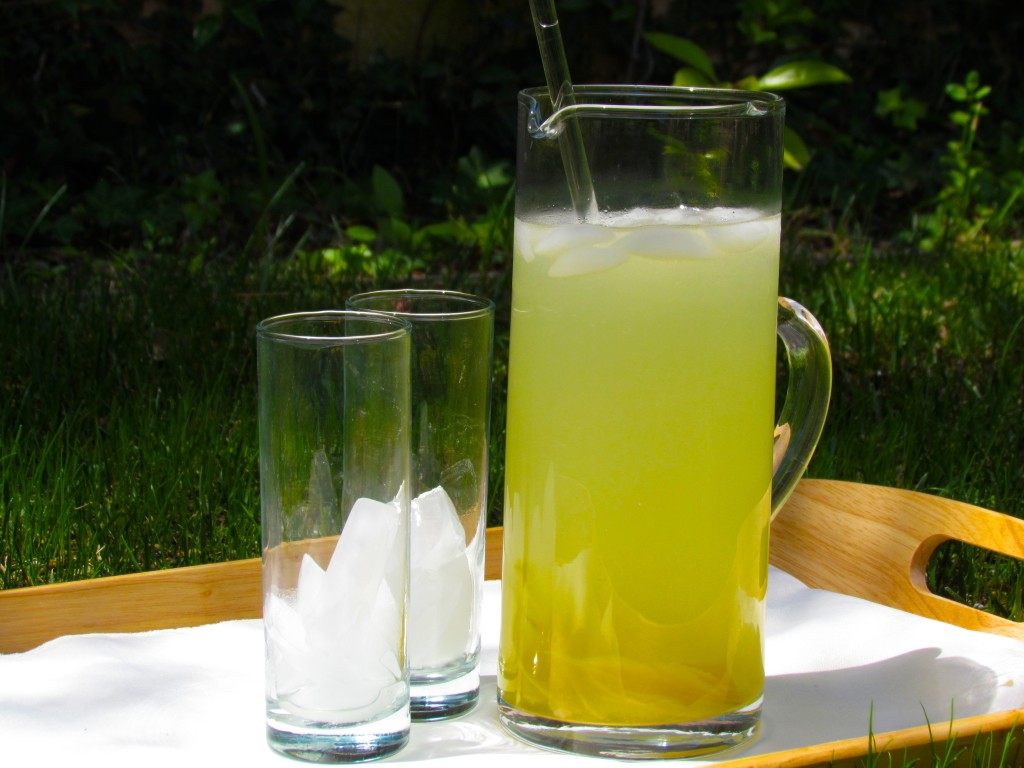 A refreshing pitcher of Mrs. Walker's Lemonade Erin Gurewitz/Daily Nexus