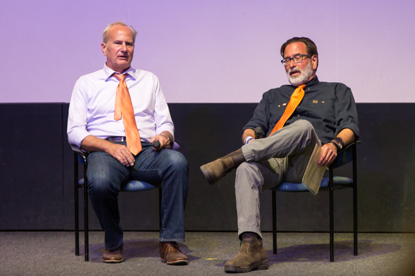 Bob Weiss (right) and Richard Martinez (left) answering questions. Stephen Manga/Daily Nexus