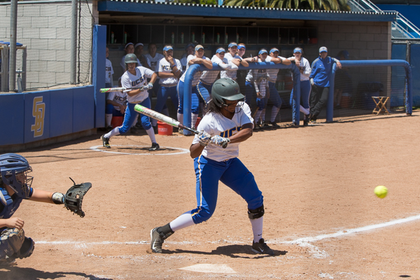 DeJanee Moore carefully watches for a good ball to hit. Dustin Harris/Daily Nexus