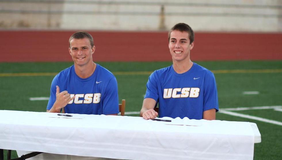 Vom_Steeg-_Strong_UCSB_Soccer_001_thumbnail