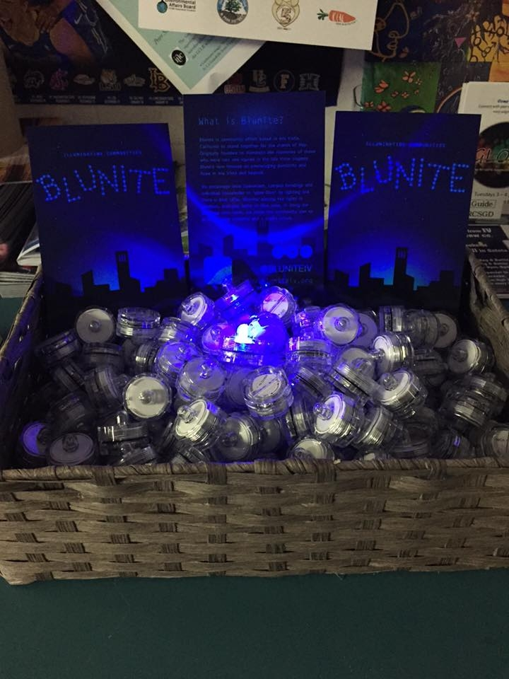 Blunite handed out LED lights earlier in the week. (Blunite Facebook)