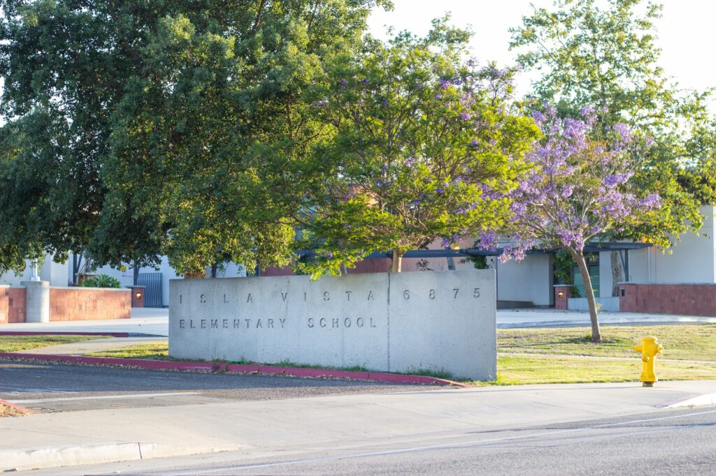 Dos Pueblos High School is continuing its 96 percent graduation rate, and it is now reporting that 40 percent of students will be going to four-year universities and 50 percent will be attending SBCC in the fall. Jose Ochoa / Daily Nexus